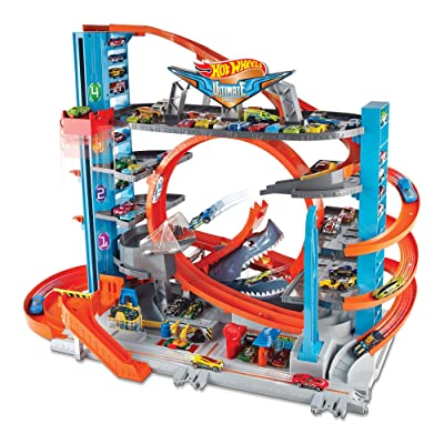 Hot Wheels City Ultimate Garage with Shark Attack, Multi: Toys & Games