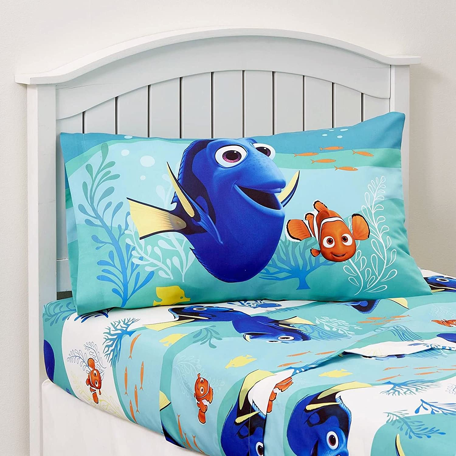 Amazon.com: Disney Finding Dory 4 Piece Bedding Set Comforter And Sheets (Twin  Size): Home U0026 Kitchen