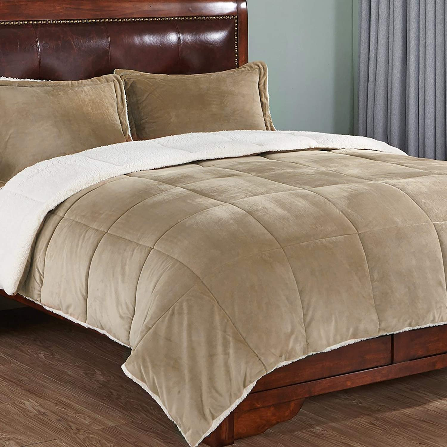 PEACE NEST 3-Piece Comforter Set Plush Sherpa Reversible Down Alternative Quilt, with 2 Pillow Shams, King Size, Gold