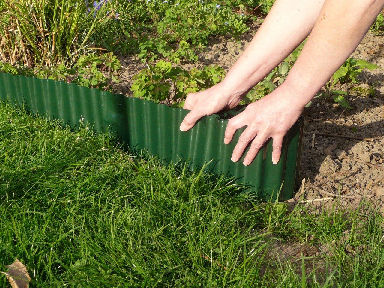 Connex FLOR14210 9 m x 10 cm Lawn Edge - Multi-Colour CON:P