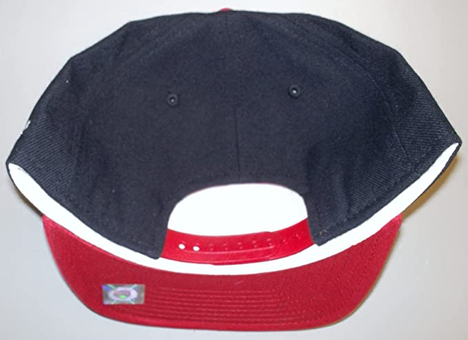 c781895d Amazon.com : Louisville Cardinals Retro Snap Back Flat Bill Adidas Hat -  NF80Z : Sports Fan Baseball Caps : Sports & Outdoors