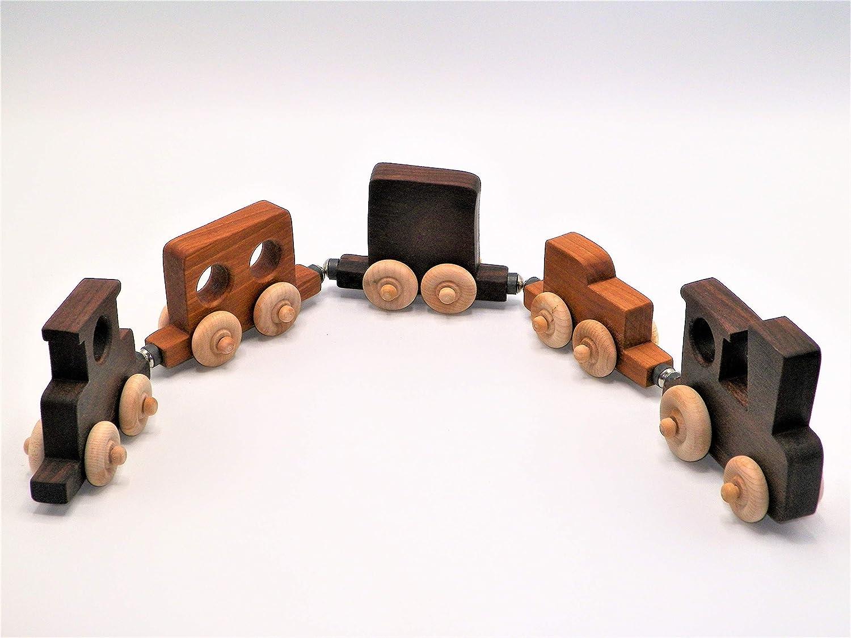 Magnetic Black Walnut /& Cherry Train