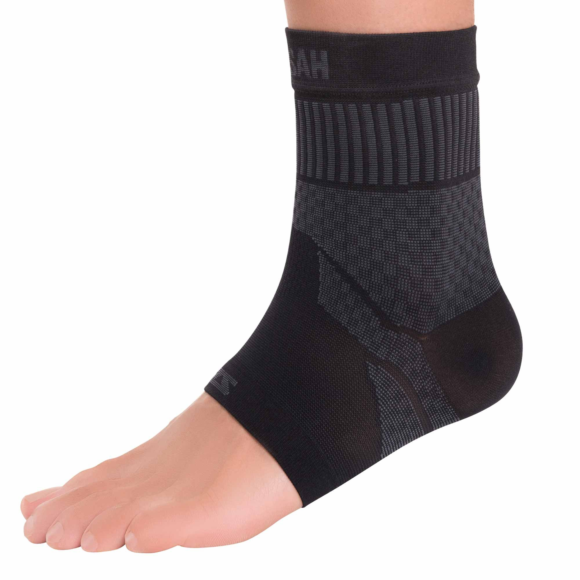 Zensah Ankle Support - Compression Ankle Brace - Great for Running, Soccer, Volleyball, Sports - Ankle Sleeve Helps Sprains, Tendonitis, Pain , Black, Medium