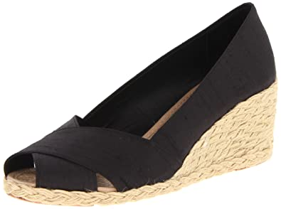 aa2c85fb196 Ralph Lauren Women s Cecilia Wedge Sandal