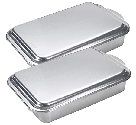 Nordic Ware Classic Metal 9×13 Covered Cake Pan