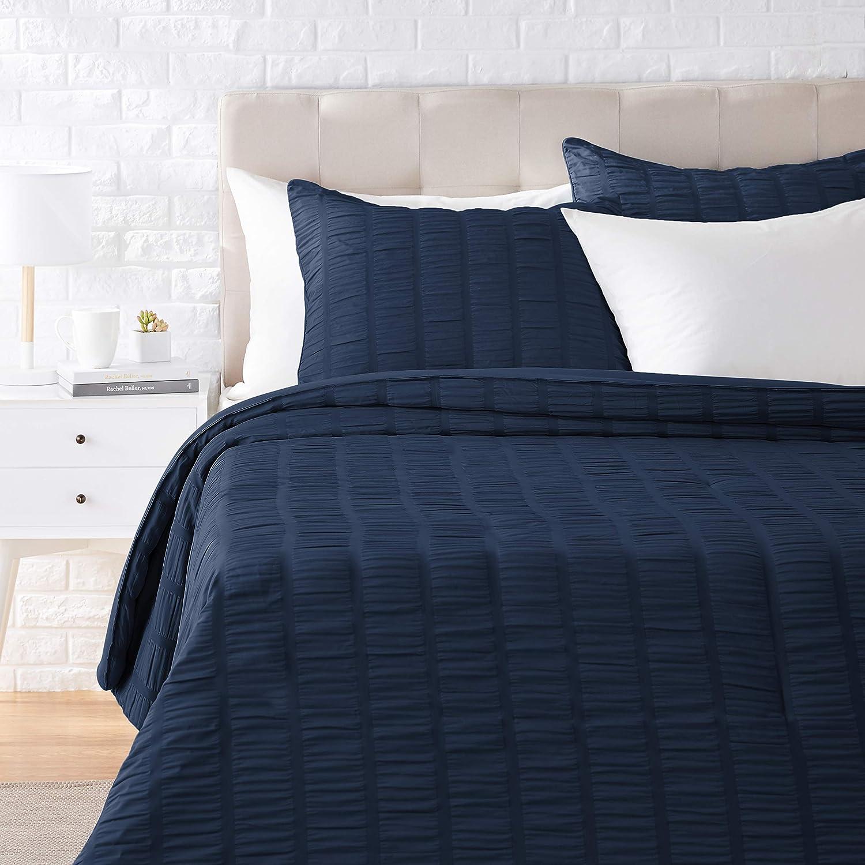 Amazon Basics Seersucker Comforter Set - Premium, Soft, Easy-Wash Microfiber - King, Navy Blue
