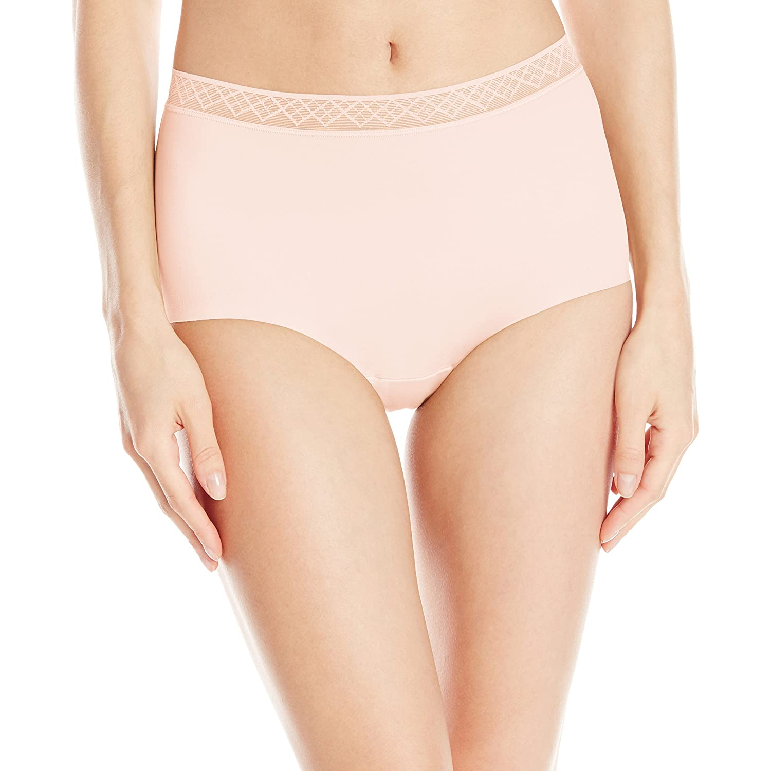 Vassarette womens Women's Invisibly Smooth Brief Panty 4813383