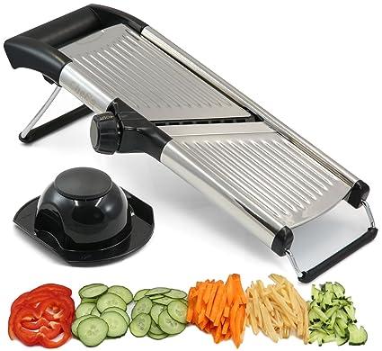 Mandolina ajustable por Chef s INSPIRATIONS. Ideal para cortar alimentos, frutas y verduras. Cortador en juliana de grado profesional. Con cepillo de ...