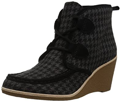 6bc11910ff9 Amazon.com  G.H. Bass   Co. Women s Rosa Chukka Boot  Shoes