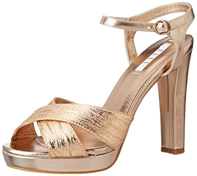 259a9489c5f ELLE Women's Fashion Sandals 8547W 5: Amazon.in: Shoes & Handbags