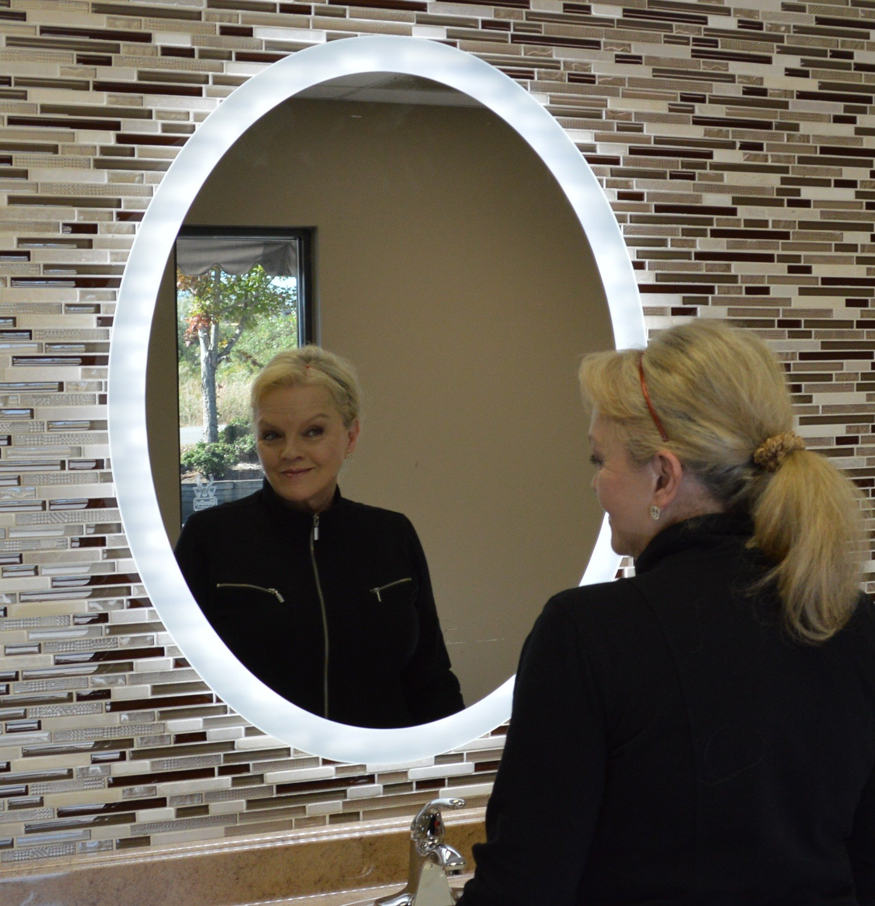 MAM43240 32''w X 40''t Oval Back Lighted Wall Mounted LED Vanity Mirror