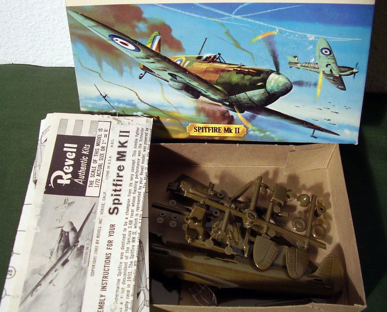 Vintage Revell H611-49 Supermarine Spitfire 1:72 Scale Model