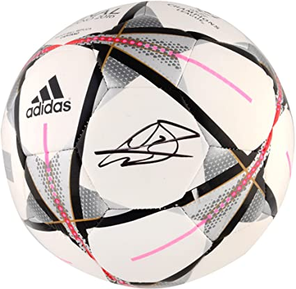 4fbf76010f7 Gareth Bale Real Madrid Autographed Adidas Champions League Milano 2016 Soccer  Ball - ICONS - Fanatics Authentic Certified at Amazon s Sports Collectibles  ...
