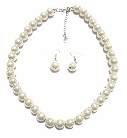 5e273170da182c Amazon.com: Large Faux Pearl Necklace and earring set By Millennium Design:  Toys & Games