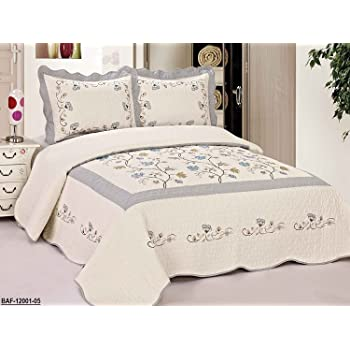 amazon com 3pcs high quality fully quilted embroidery quilts