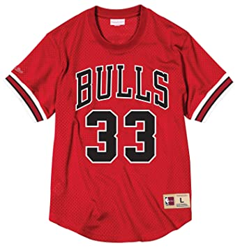 sale retailer ed70e 0c582 Amazon.com : Mitchell & Ness NBA Chicago Bulls Scottie ...