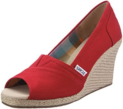 6d9f77d2454 TOMS Women s Wedge Sandal Red Canvas Size 9.5 B(M) US