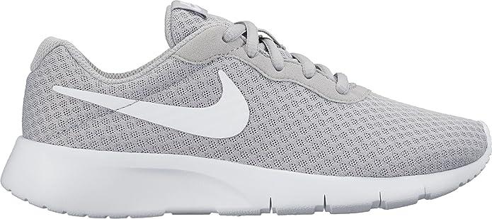 Nike Tanjun Jungen Mädchen Unisex Kinderschuhe Grau mit weißem Streifen