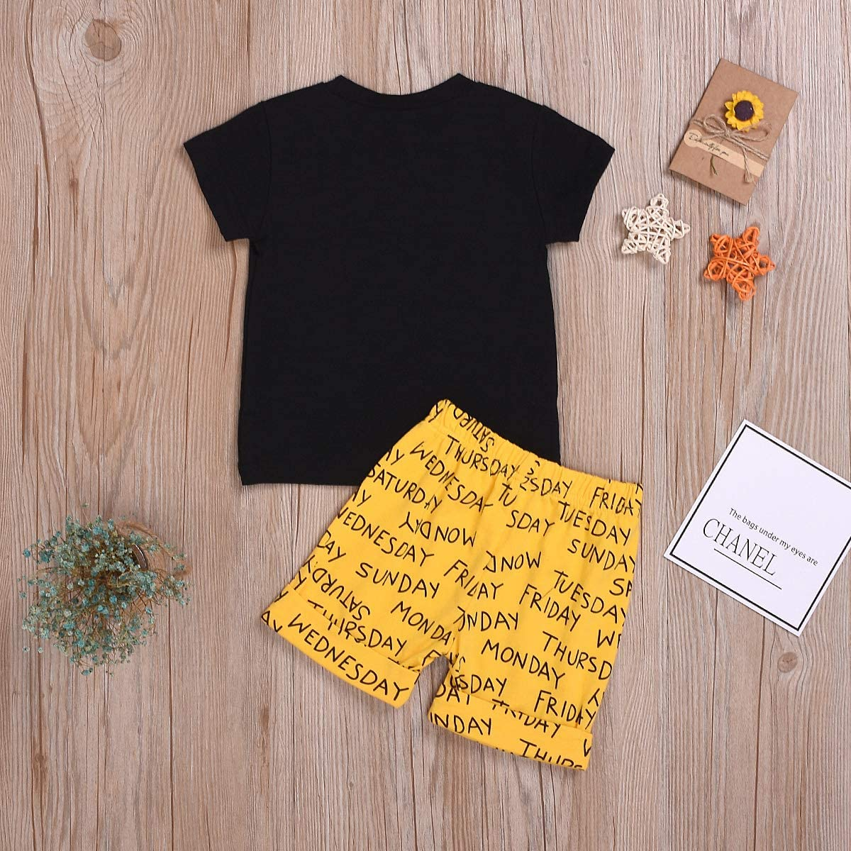 Set di Abbigliamento Estivo per Bambini da 0 a 3 Anni con Maglietta e Pantaloncini DaMohony
