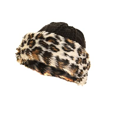 ddada595bb3 Ladies Womens Knitted Winter Hat With Faux Fur Trim (57 cm) (Leopard)   Amazon.co.uk  Clothing