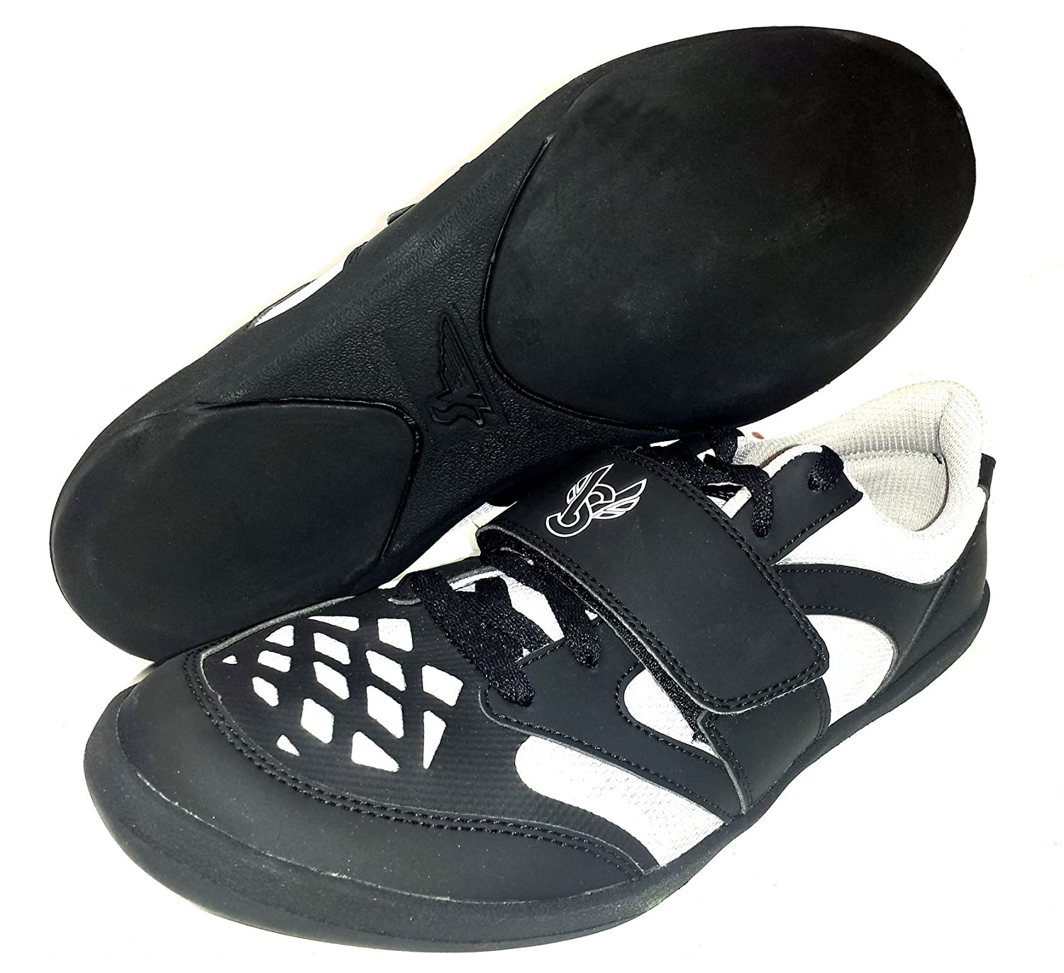 under armour throwing shoes