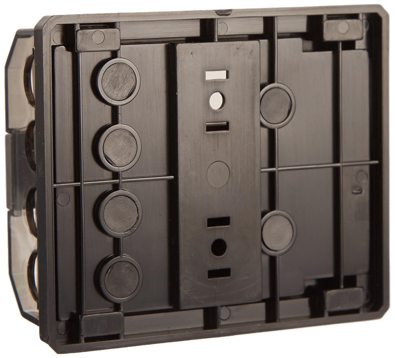 4 4//8GA as Dual Power//Ground Block w//gnd Plate 0//4GA to 1 2 4//8GA or 2 0//4GA to 2X SCOSCHE EFXFDBUQM 0//4-4//8GA Quad Universal Mini-ANL Distribution Block; Retail Double Blister