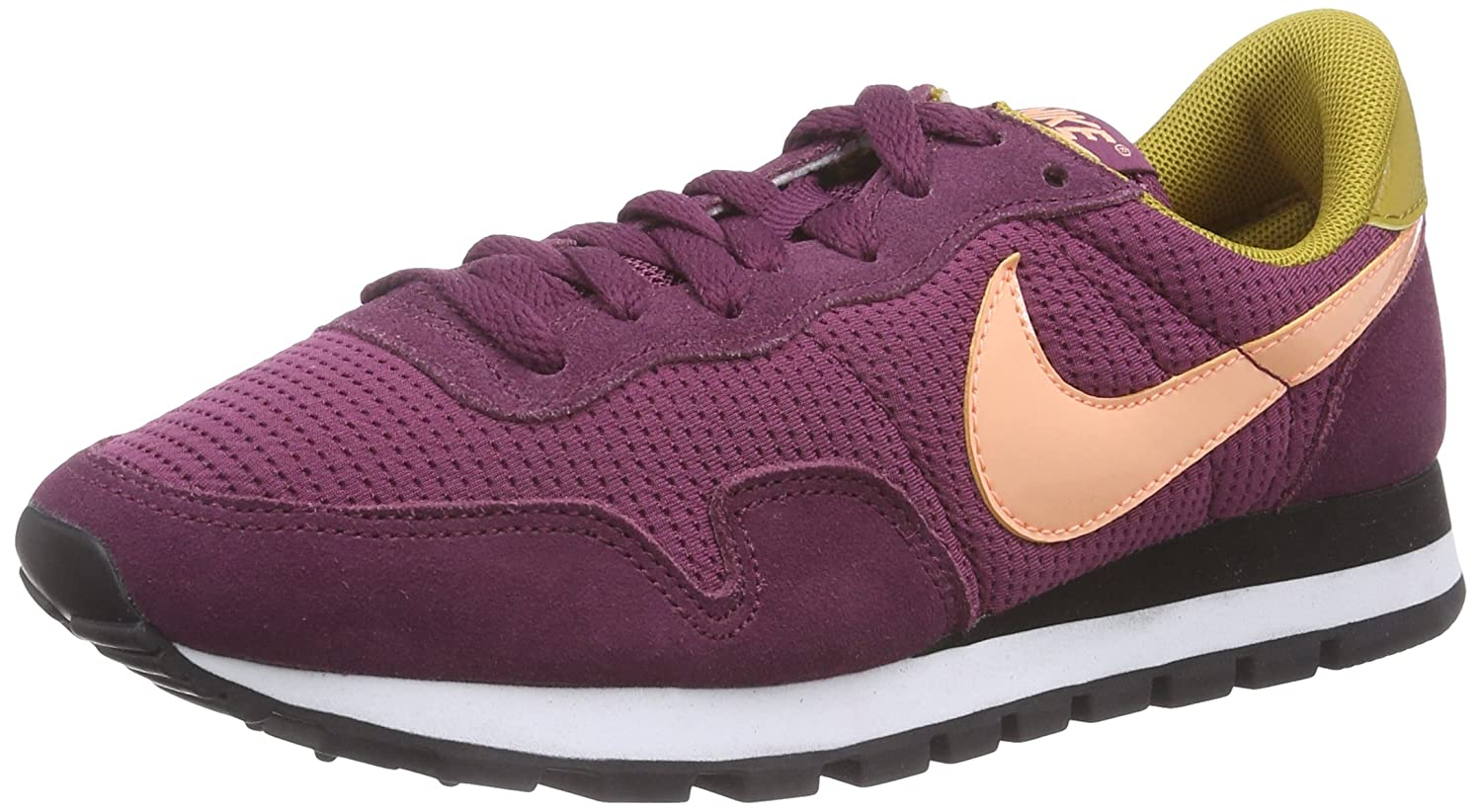 huge discount 7829e b4021 Amazon.com   Nike Air Pegasus 83  Women s Running Sneaker   Athletic