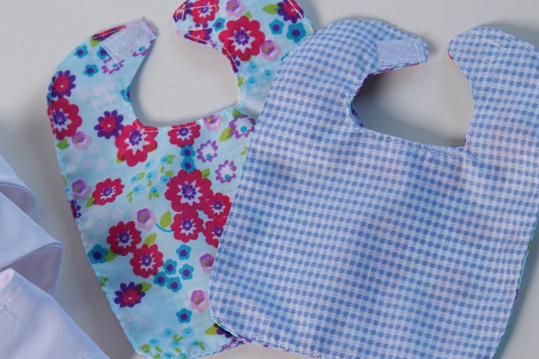 3 Diapers 2 Burp Cloths Making Believe SG/_B0798NJFW3/_US 2 Bibs Baby Doll Just Like Mommy Starter Set