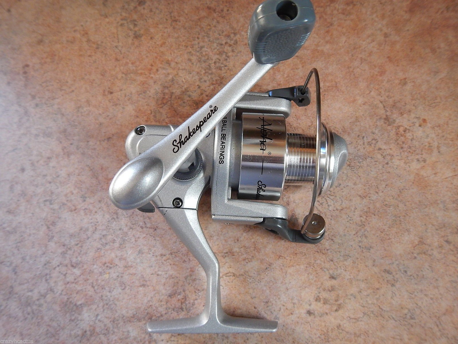 Shakespeare Spinning Fishing Reel Alpha WF30 3 Ball Bearing Left/Right Retrieve