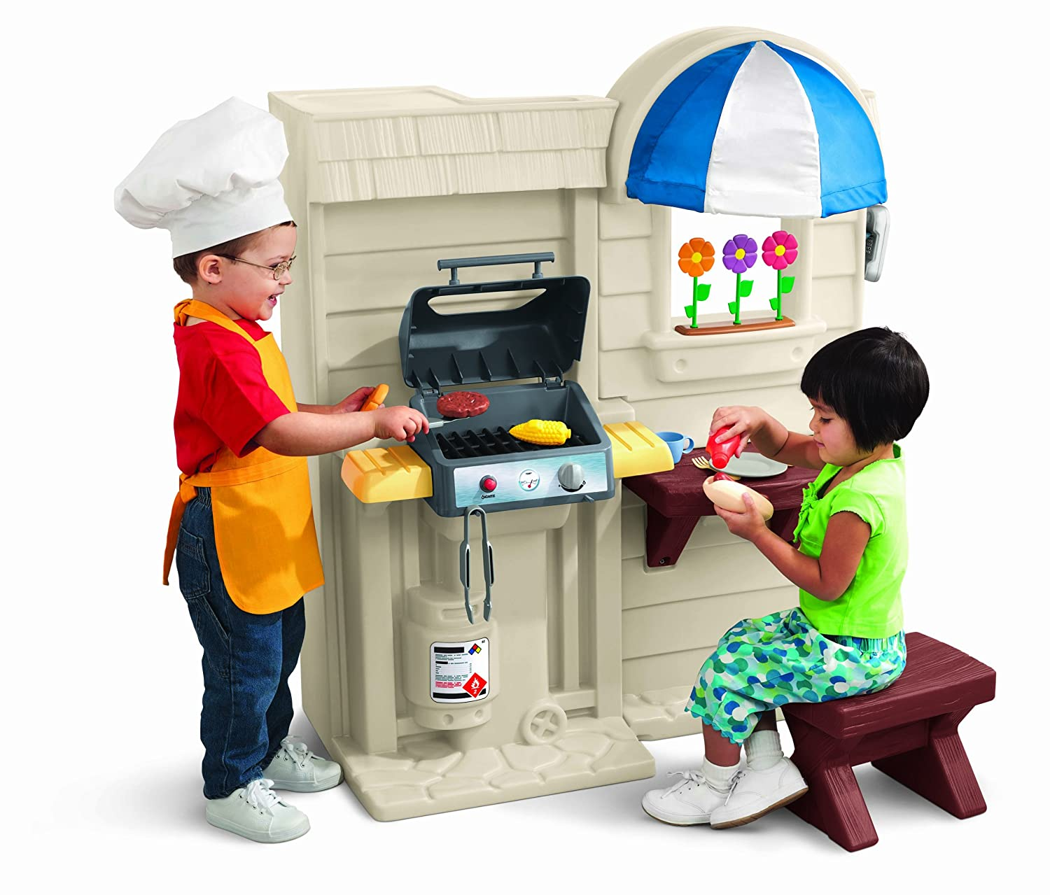 Amazon.com: Little Tikes Inside/Outside Cook N Grill Kitchen: Toys ...