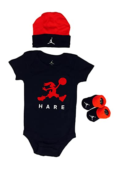 4908efbc3bb417 Amazon.com  Nike Air Jordan Baby Clothes 3-piece Set