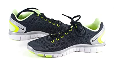 new concept 74957 81735 Amazon.com | Nike 487789-006 Women Free TR FIT 2 BLK/MTL SLV ...