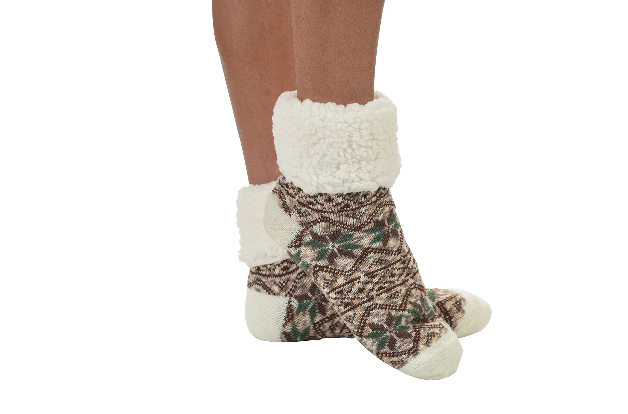 Snoozies Sherpa Lined Cuffed Socks