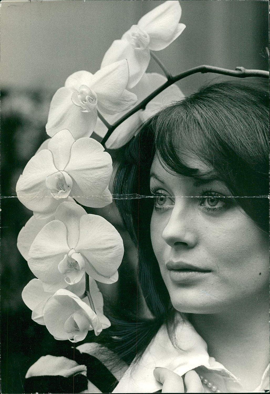 Franziska Walser Nude Photos 14