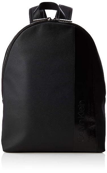 092c27bee5db37 Calvin Klein Elevated Mix Round Backpack - Zaini Uomo, Nero (Black),  14x45x30 cm (B x H T): Amazon.it: Scarpe e borse
