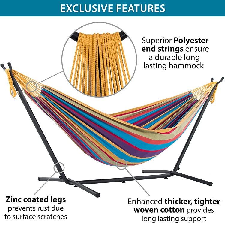 This Brazilian style hammock is made of woven polyester fabric that provides fade-resistant saturated color