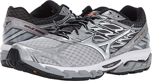 mizuno wave paradox 3 vs 4 iii