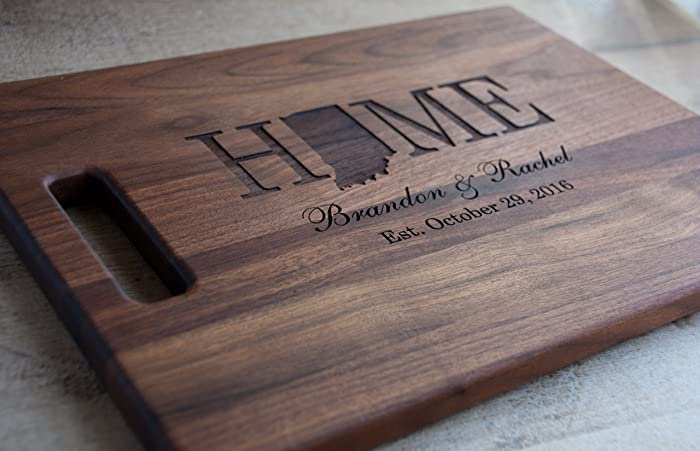 amazon com personalized engraved wooden cutting board with state