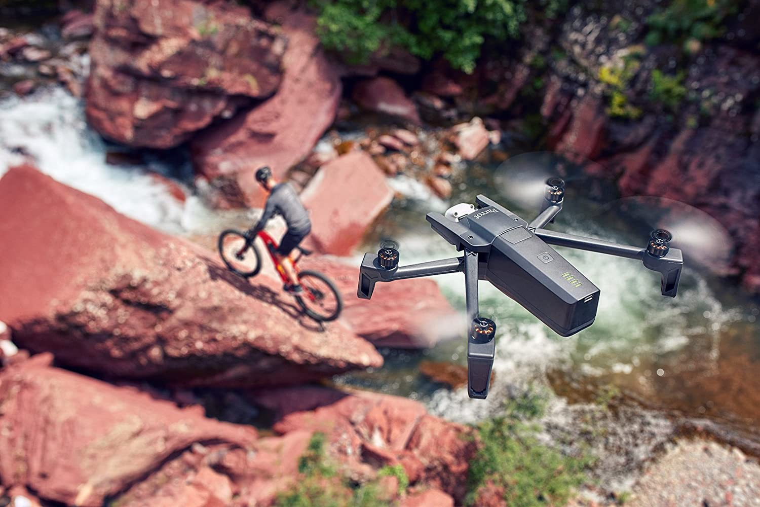 Parrot Folding 4K HDR Drone