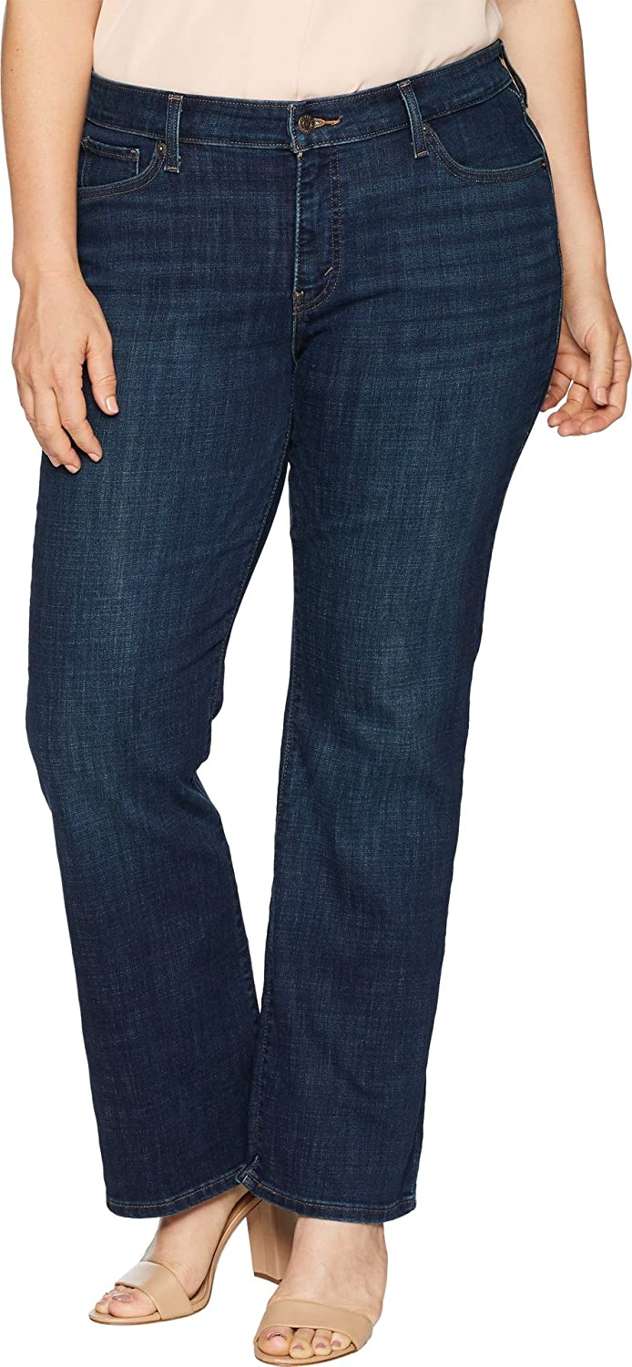 20a6b03f Levi's Women's Plus Size 415 Classic Bootcut Jeans at Amazon Women's  Clothing store: