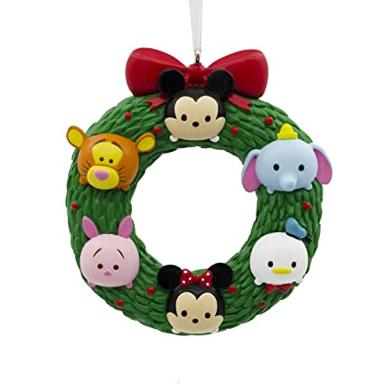 hallmark christmas ornament disney tsum wreath mickey minnie winnie the pooh tigger