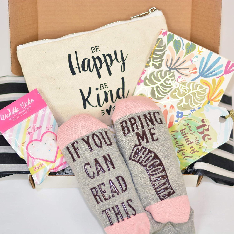 Amazon.com: Cesta de regalo de cumpleaños especial para ella ...