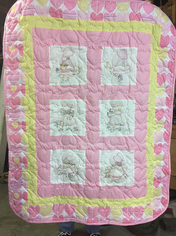 Sunbonnet Sue Hand embroidered Quilt