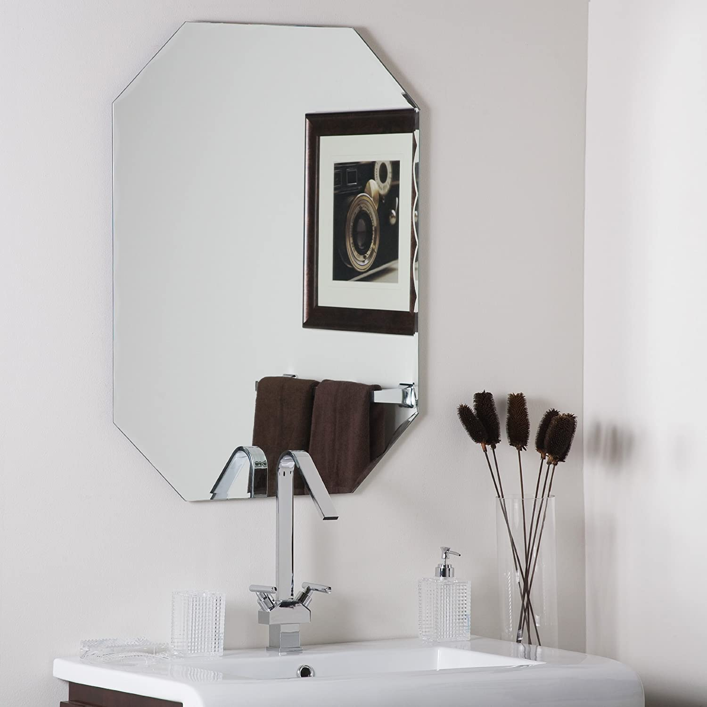 Decor Wonderland Frameless Octagon Scallop Beveled Mirror
