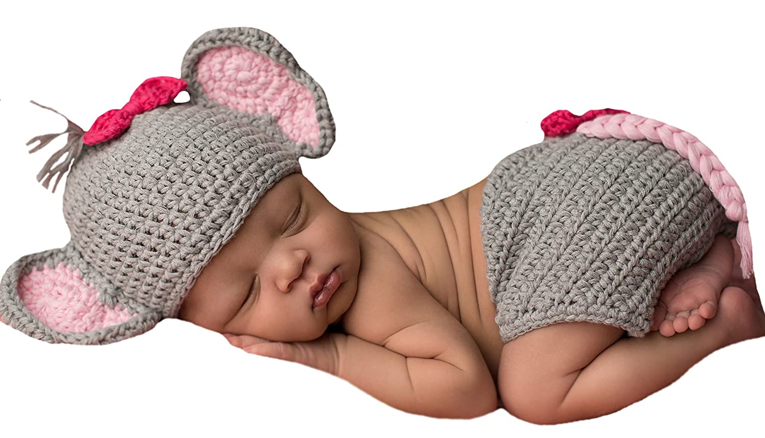 90c70e1a111 Amazon.com  Melondipity s Baby Elephant and Bitty Bow Hat and Diaper Cover  Set for Newborn Girls  Clothing