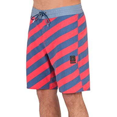 2ea00b88c5 Amazon.com: Volcom Men's Stripey Stoney 19