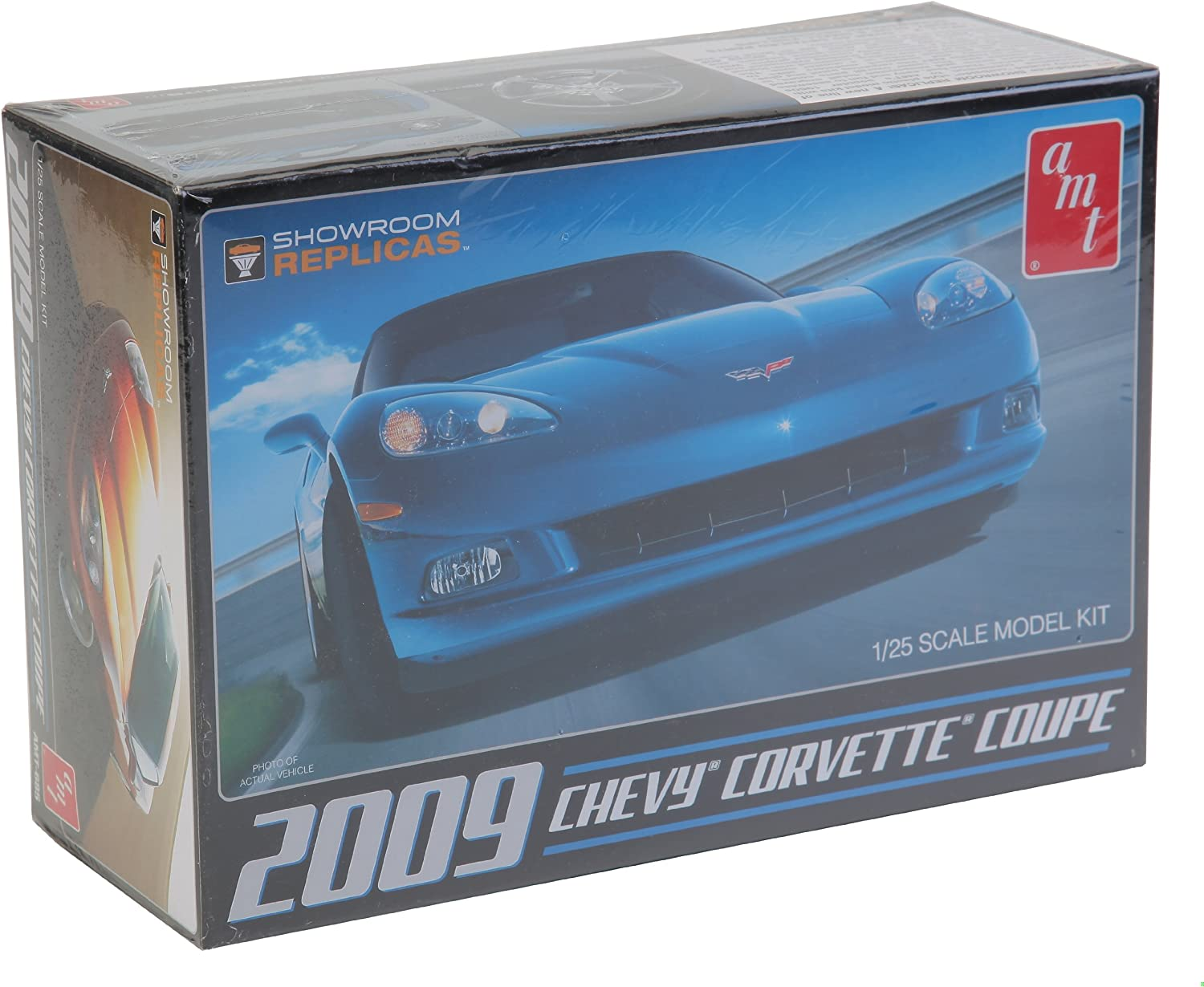 AMT  Round 2 2009 Chevy Corvette Coupe 1//25 Scale skill 2 NEW