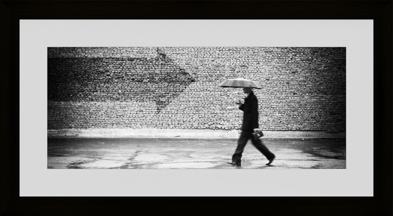 ARTESTOCK Fotografie Schwarz und Weiß mit Rahmen und Glas. Aussenmaß 111x 61cm