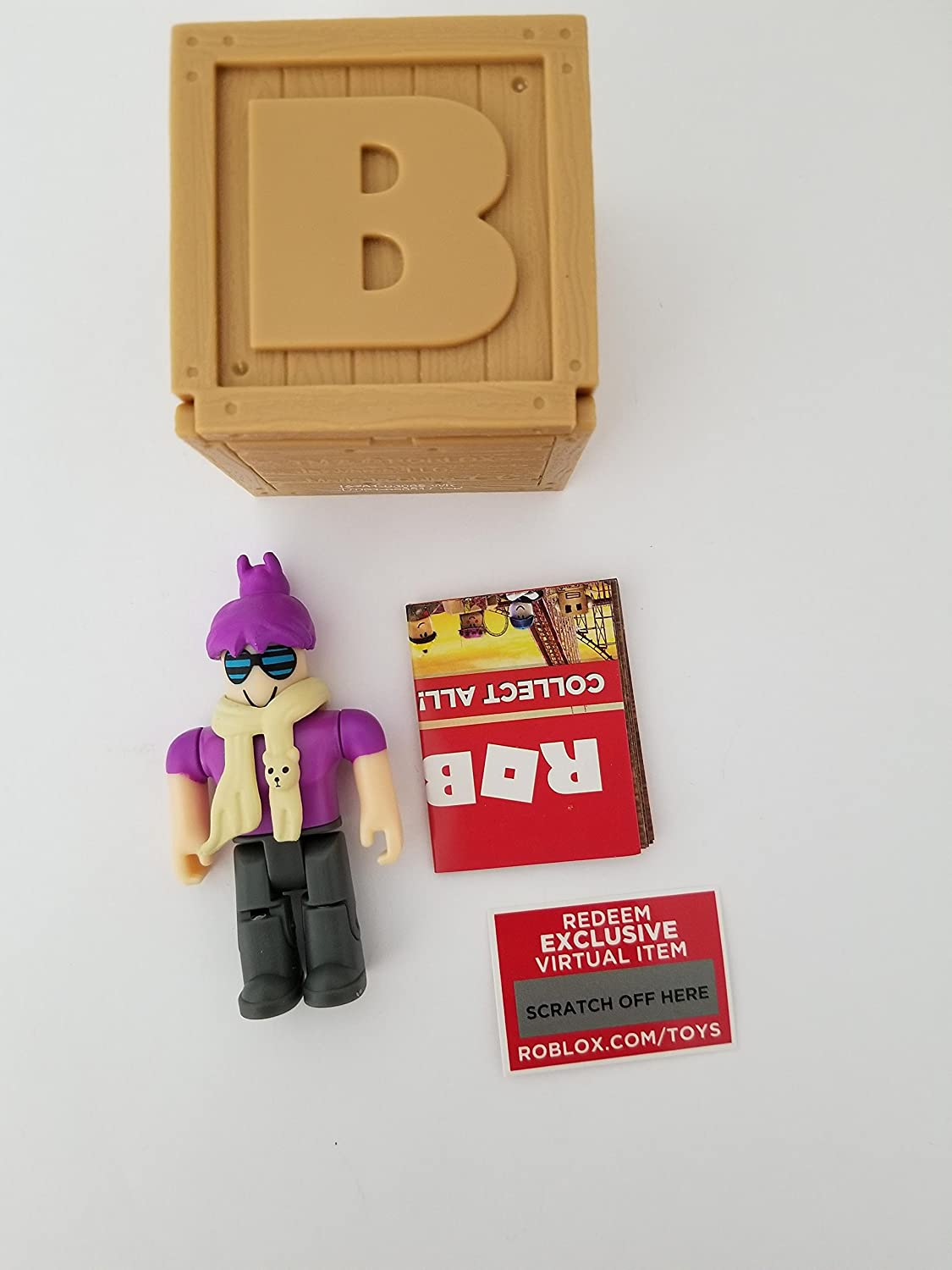 Amazon Com Roblox Series 2 Brighteyes Action Figure Mystery Box