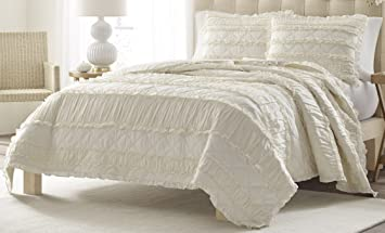 Amazon.com: Stone Cottage Ruffled Quilt Set, King, Ivory: Home ... : ivory quilts - Adamdwight.com